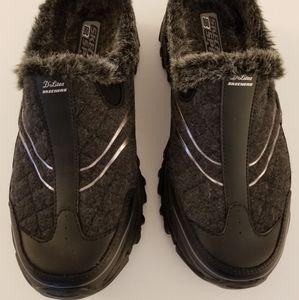 Skechers Sport D' Lites Slip On Sneakers  Size 8